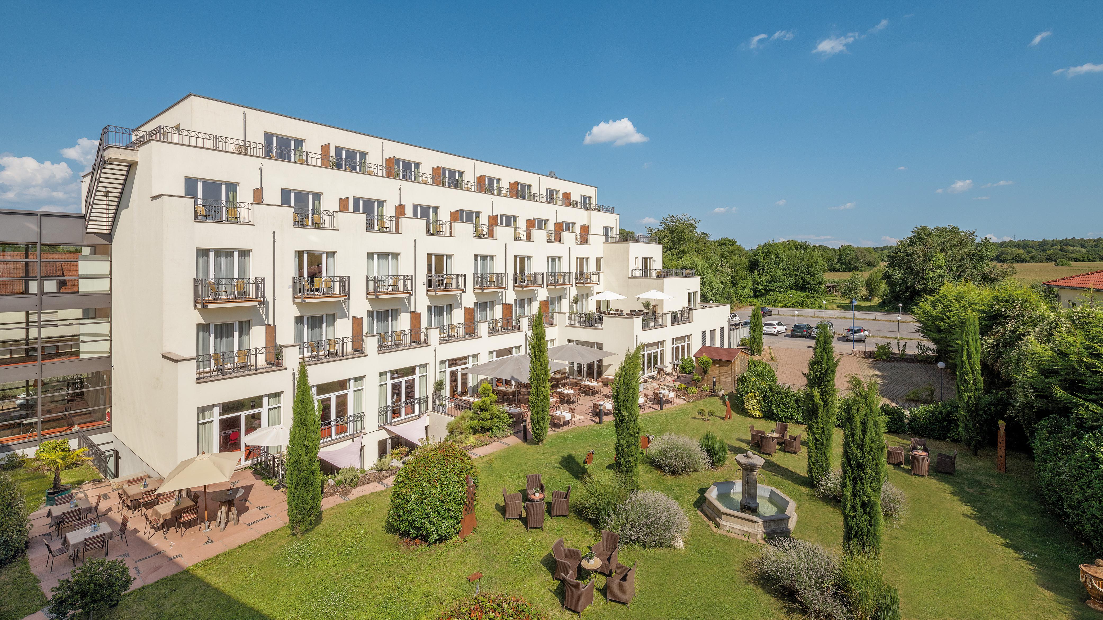 Home hotel villa medici for Casa classica villa medici